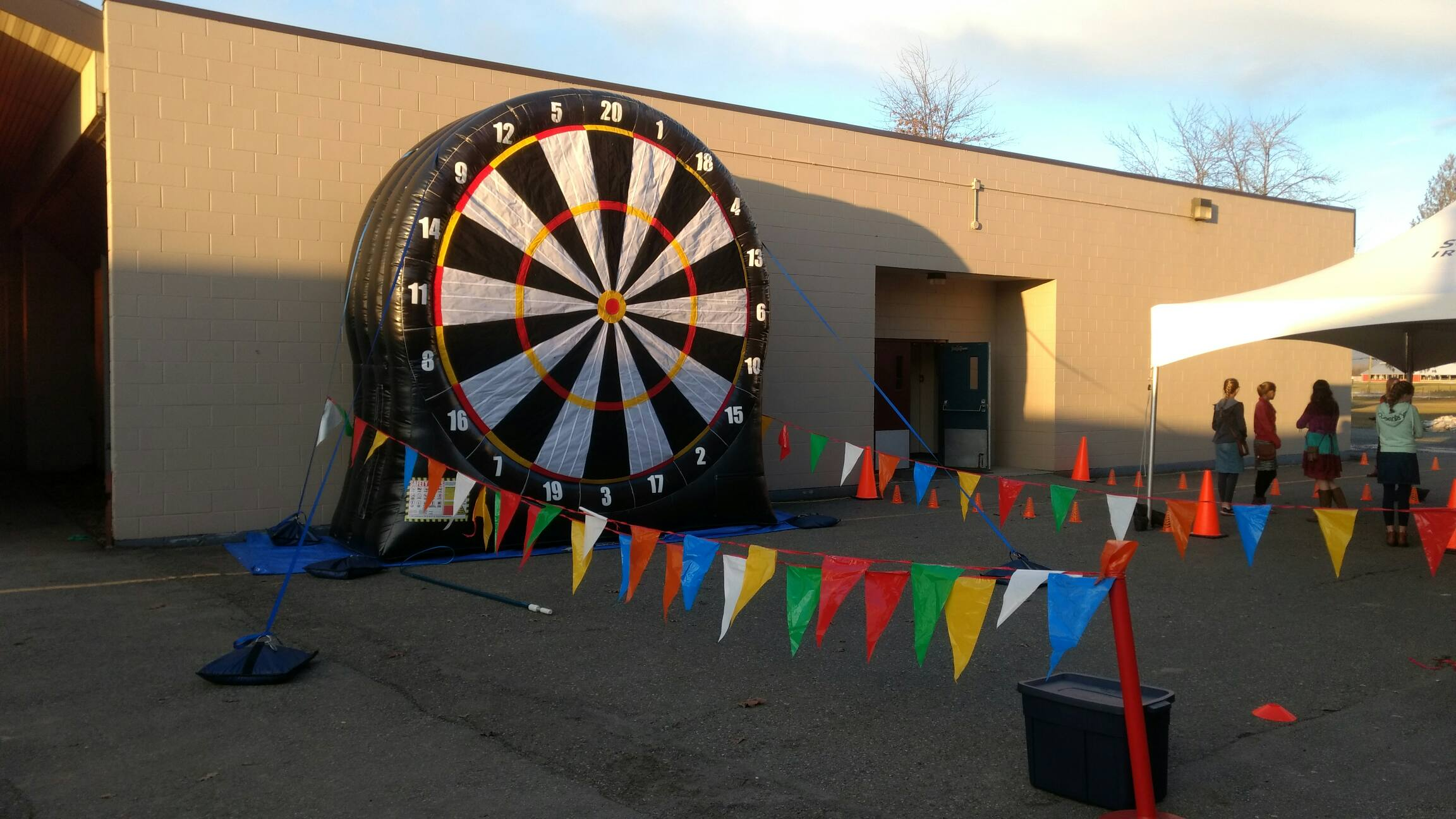 Inflatable Game Rentals Vancouver Jumbo Inflatable Darts